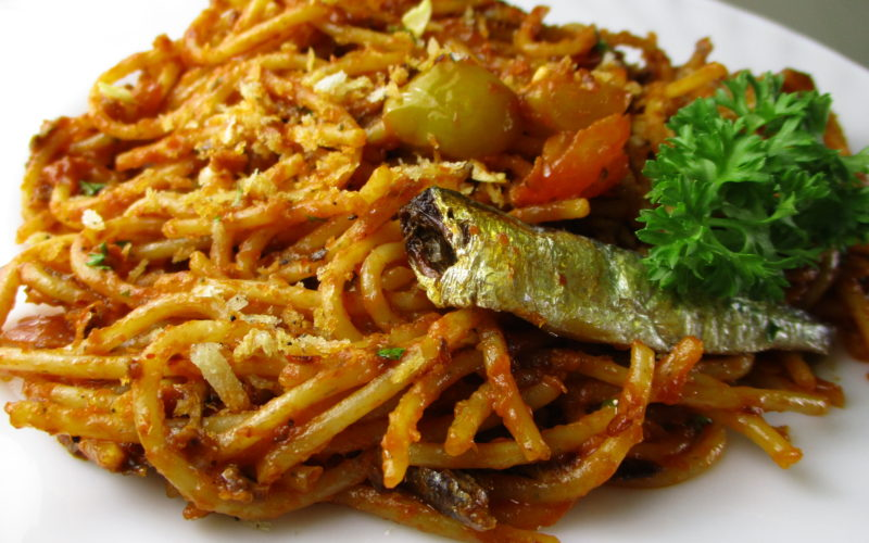 Spicy Tomato Spanish Sardines Pasta